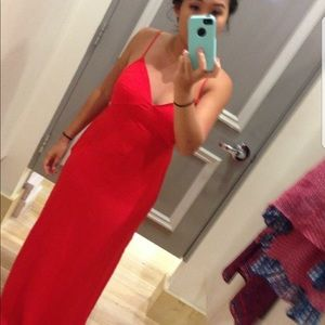 Forever 21: Maxi Red cut-out Dress